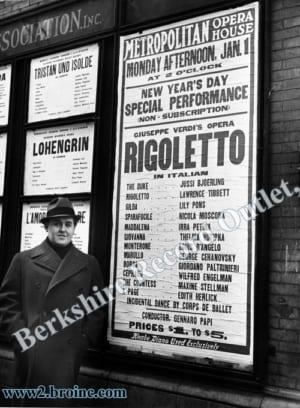 Jussi Bjoerling alongside 'Met' poster